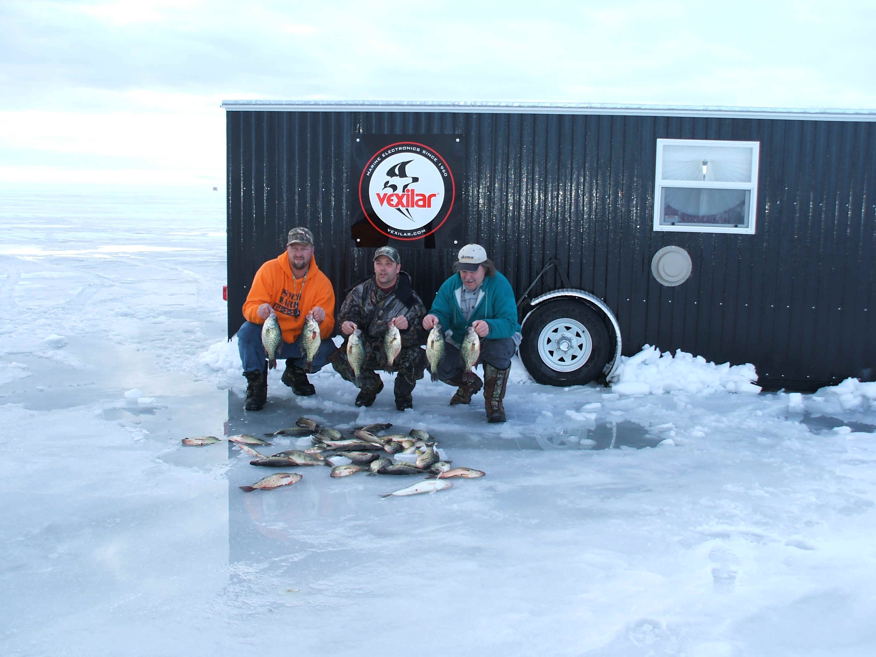 Fish reports raveling outdoors leech lake ice fish house for Leech lake ice fishing